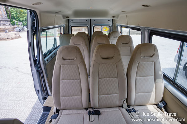 Xe-Ford-Transit-16s---1